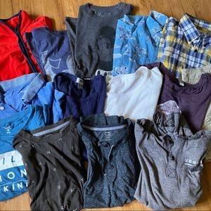 BUNDLE OF GENTLY USED CLOTHES